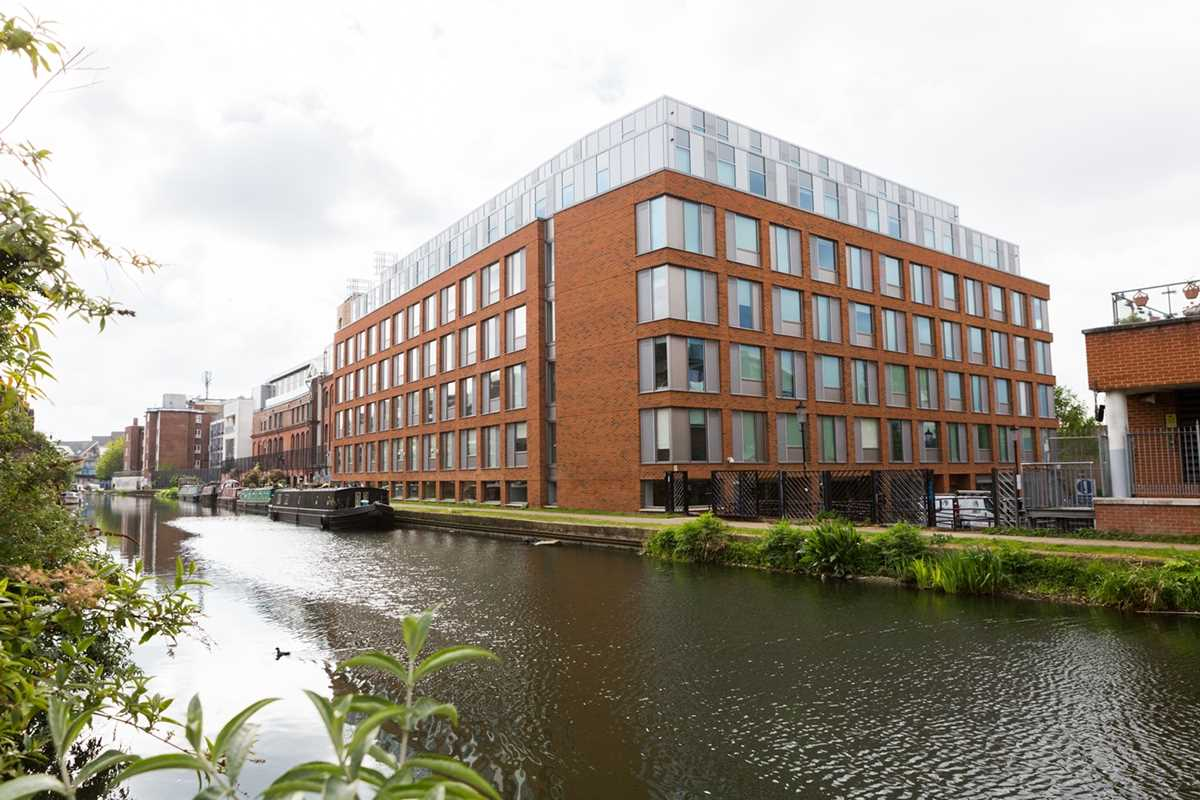 Chapter Portobello Student Accommodation is situated by the Grand Union Canal